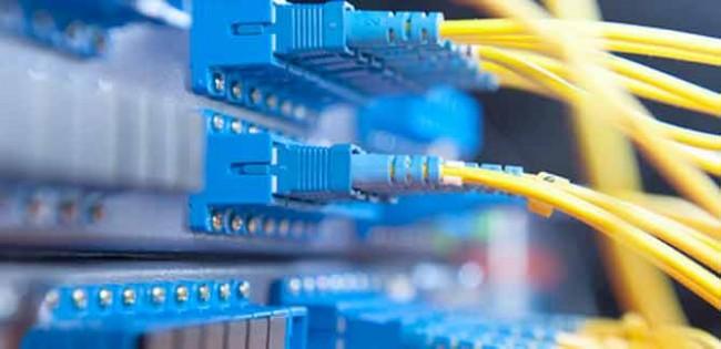 Internet y telefonia a merced de las tormentas