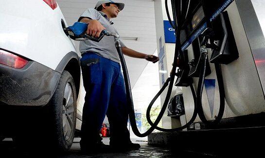 La Nación no pudo sostener el congelamiento y la nafta vuelve a subir