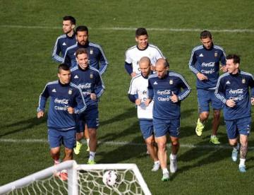 Copa América: Martino repetiría equipo ante Paraguay por semifinales