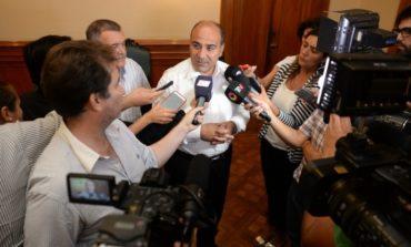 """Manzur: """"Mi participación se limitó al llamado a la licitación pública"""""""