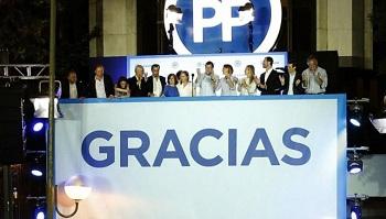 Rajoy, fortalecido en una elección que deja a España aún sin clara mayoría