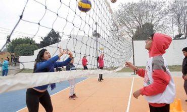 Ente de Infraestructura Comunitaria | Obras y entregas en un espacio deportivo en Barrio Echeverria