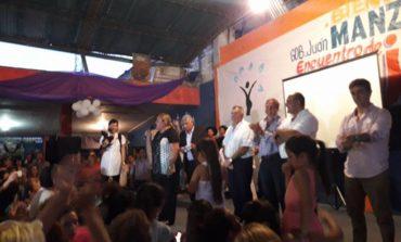 Peronismo | Cacho Cortalezzi homenajeo a las mujeres en su dia junto con Manzur y Jaldo