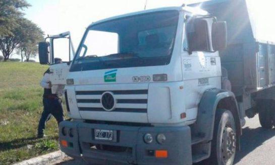 Polémica en Tafí Viejo por la entrega de mercadería con camiones de la Capital