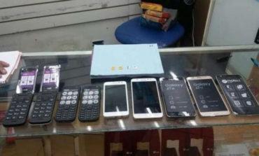Casi treinta celulares perdidos y robados fueron recuperados en un operativo policial