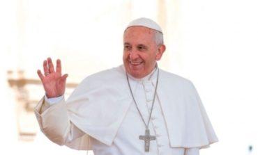 Francisco inicia su cuarto retiro espiritual como Papa