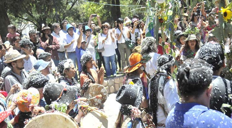 Bruno Arias y Los Huayras animarán la segunda noche en Amaicha