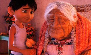 La escena final de Coco fue recreada por un tucumano y su abuela