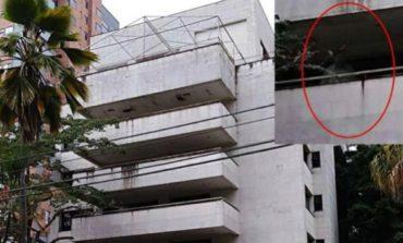 Mirá las fotos del supuesto fantasma de Pablo Escobar en el edificio donde vivía