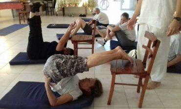 """""""Yoga Terapéutico"""" gratuito para adultos mayores y personas con discapacidad"""