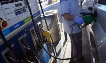Aunque había anticipado que no subiría sus combustibles, YPF lo hizo otra vez