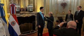 Aprueban el acta de condecoración del ex embajador Federico Alberto González Franco
