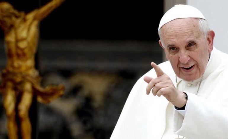 Francisco se reunió con obispos chilenos por los escándalos de abusos