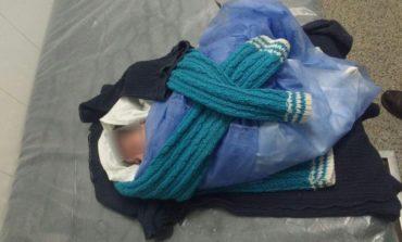 Hallaron a una bebé dentro de una bolsa al costado de una ruta en Lules