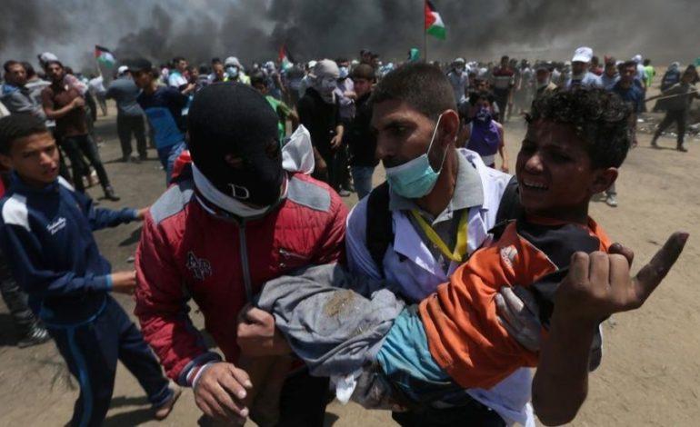 Masacre en la Franja de Gaza: 58 palestinos muertos y 2800 heridos