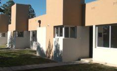 Monteros | Regino Amado recorrio las viviendas para los trabajadores del comercio