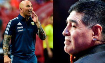 Maradona quiere reunirse con los jugadores de Argentina