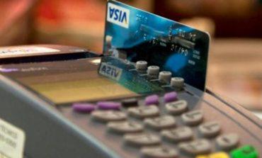 Se puede pedir la baja de una tarjeta de crédito con deuda