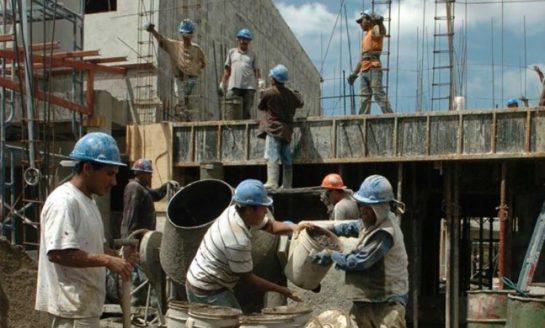 Desde enero se perdieron tres mil puestos de trabajo en la construcción