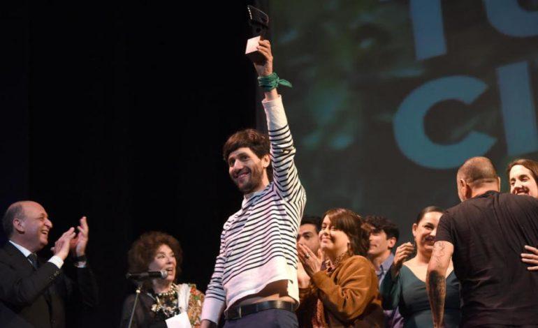 «El motoarrebatador» se consagró en el festival Gerardo Vallejo
