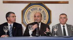 """Manzur: """"Invertir en Tucumán, genera más trabajo"""""""