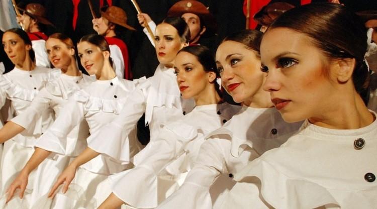 """Llega el 4° Encuentro Regional de Danzas """"NOA Baila"""""""