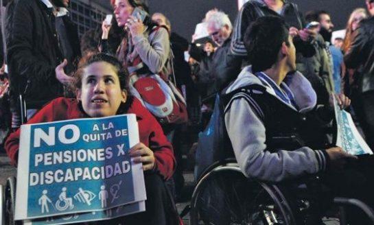 Denuncian que 80 personas con invalidez murieron esperando la pensión del estado