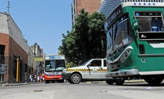 La Provincia otorgó un subsidio de $62 millones para el pago de sueldos a choferes