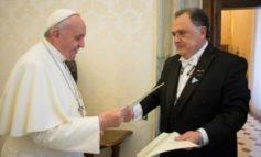¿Se afianza el vínculo entre los gremios y los representantes de la Iglesia?