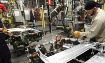 Estiman que la actividad industrial caerá un 2,3%