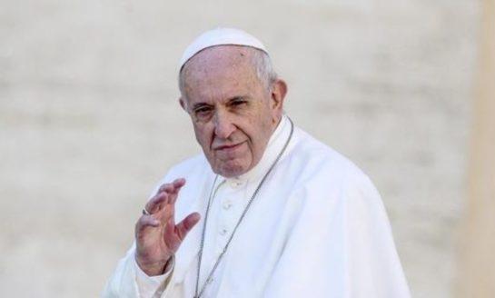 """Francisco lamentó """"la polarización que golpea a América Latina"""""""