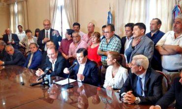 Santiago del Estero: Aumento del 40% y bono de 10.000 pesos para estatales