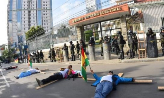 Bolivianos le hicieron la cruz a la reelección de Evo Morales