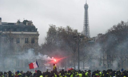 Cierran la Torre Eiffel por las protestas en Francia
