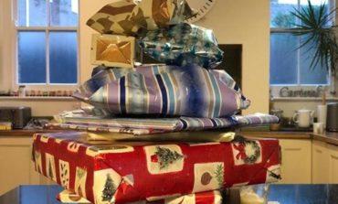 Antes de morir, dejó regalos de Navidad a su pequeña vecina para los próximos14 años