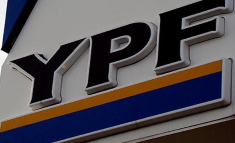 Dudoso alquiler de edificio a YPF por Contratación Directa