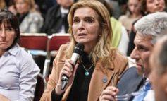 Elías de Pérez continúa en carrera por la gobernación