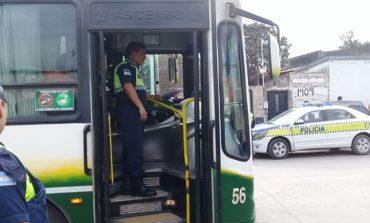 Más policías: Refuerzan la seguridad en los ómnibus y sus recorridos