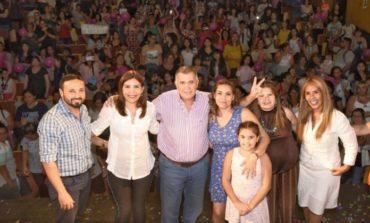 """""""Política con fuerza de mujer"""" Osvaldo Jaldo participó de un imponente acto en el PJ"""