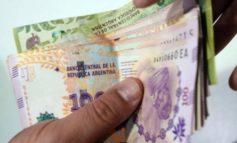 Un estudio revela que  más de la mitad de los argentinos le debe plata a alguien