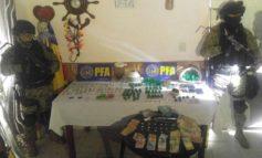 Desbaratan un quiosco de drogas en La Costanera