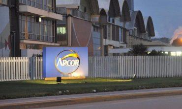 Arcor paraliza su planta de Córdoba y adelanta vacaciones