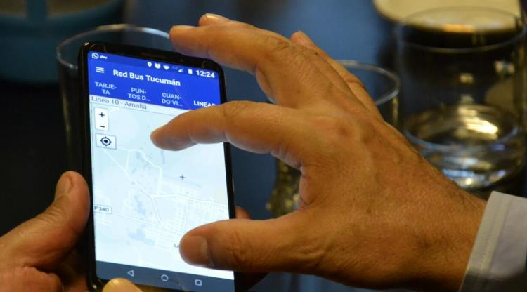 Una app tucumana informa ubicación, horarios y recorridos de los colectivos