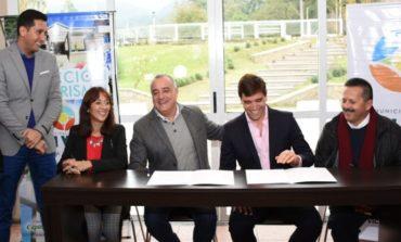 Tafí Viejo y Termas de Río Hondo firmaron un convenio con fines turísticos