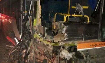 Choromoro: Dos víctimas fatales en un choque entre un colectivo y dos automóviles