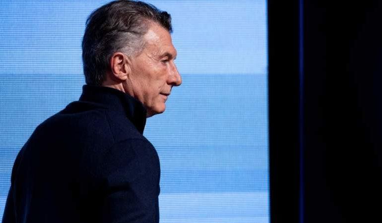 Por la crisis, Macri pospone su campaña electoral hasta octubre