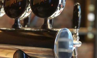 Una nueva cervecería irrumpe en la noche tucumana