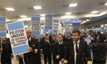 Tras once meses sin paritarias, Aerolíneas Argentinas sostiene un paro por 48 horas el fin de semana