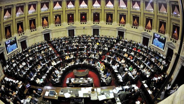 El proyecto de ley de Emergencia Económica ya tiene media sanción
