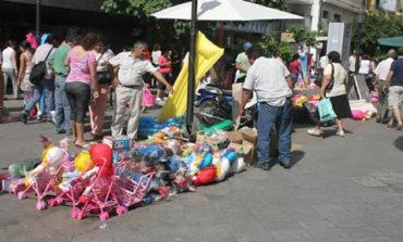 Vendedores ambulantes denuncian que la Municipalidad los persigue